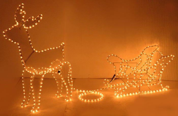 Manguera-de-luces-en-forma-de-reno-con-trineo