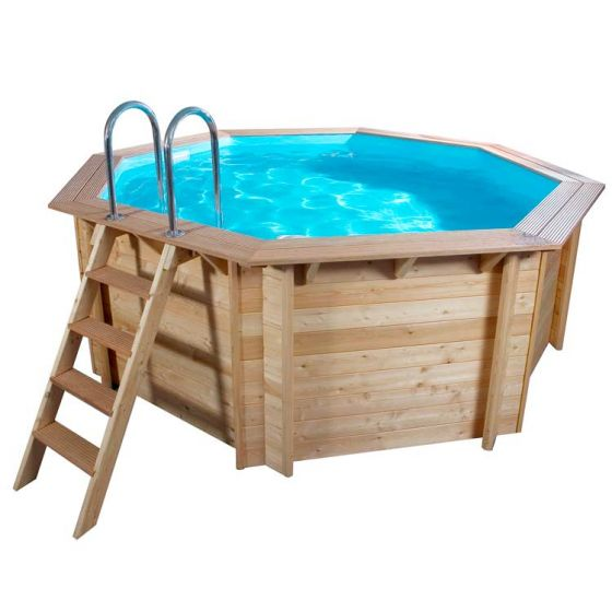 Interline-Spruce-440-x-440-|-Lujosa-piscina-de-madera